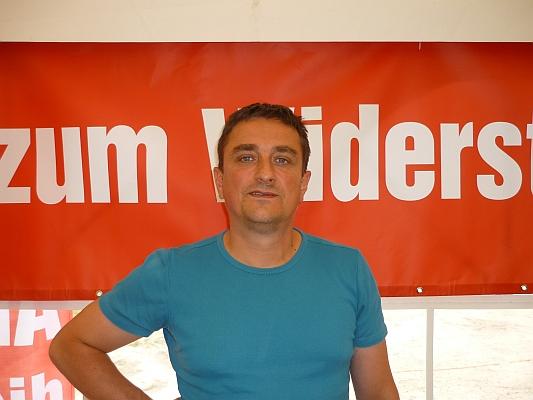 http://www.schattenblick.de/infopool/politik/report/prin0227/p1160359.jpg