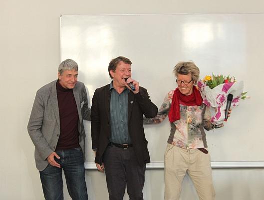 Das organisationsteam beim freudigen abschiedsgruß foto 2014 by